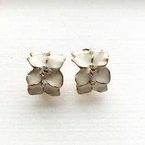 Vintage gold & white enamel flower hoop earrings